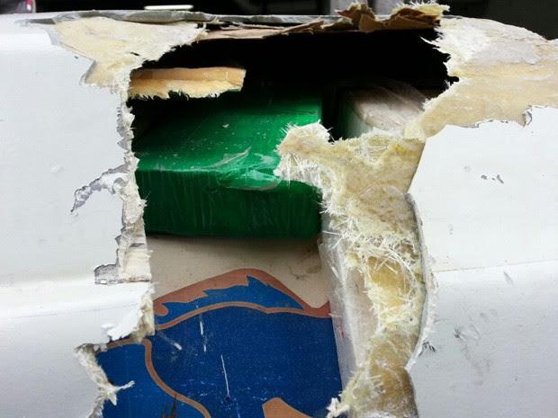Droga foi escondida no teto do veículo (Foto: Divulgação / Polícia Federal)