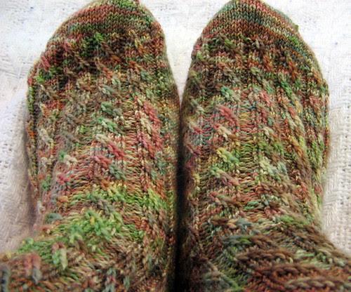 Cable Twist Socks from Helloyarn