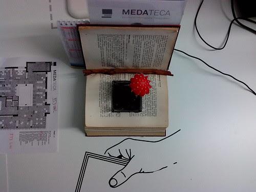 Libri decorativi alla Medeteca by Ylbert Durishti