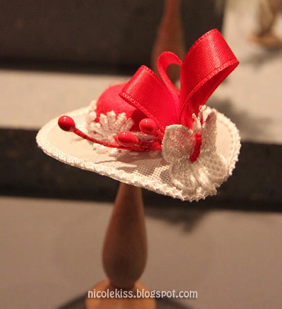 mini fancy hat