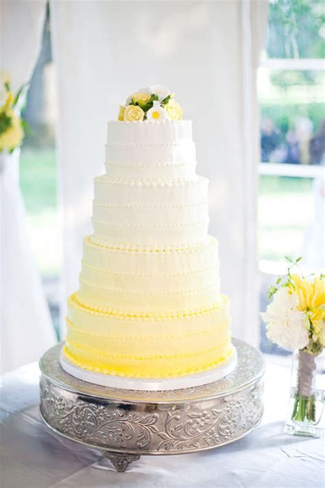 Wedding Cakes Pictures: Yellow Ombre Wedding Cake