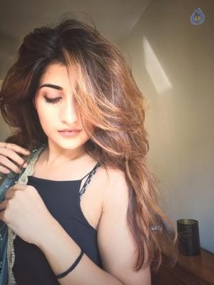 Anisha Singh New Pics - 3 of 10