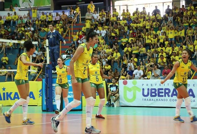 Brasil Peru sul-americano feminino sub-20 vôlei Uberaba (Foto: CBV/Divulgação)