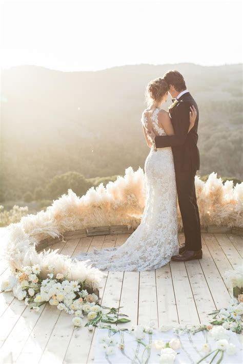 Best 20  Circle Wedding Ceremonies ideas on Pinterest