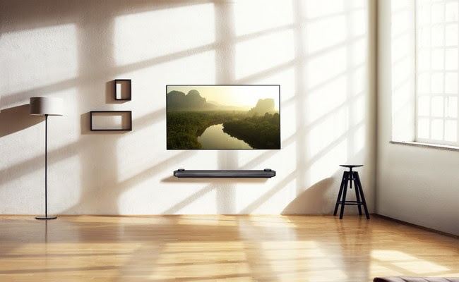 Lg Signature Oled Tv W Lifestyle2