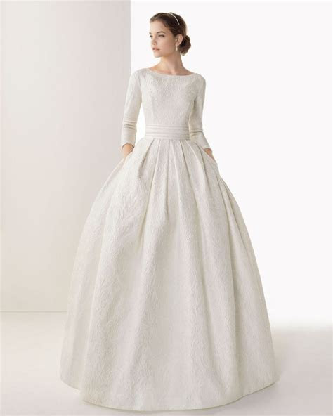 Best 25  Long sleeved wedding dresses ideas on Pinterest