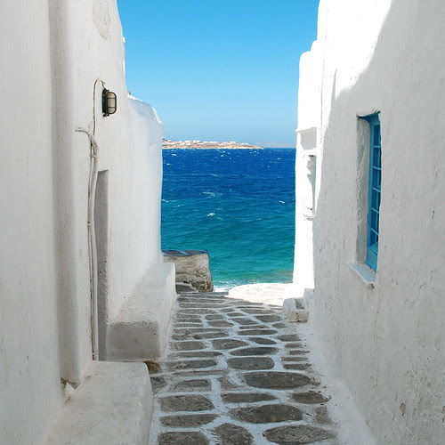 Seaside alley (Mykonos) por MarcelGermain