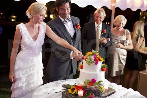 Cutting the Cake   Amy Smart Wedding Pictures to Carter