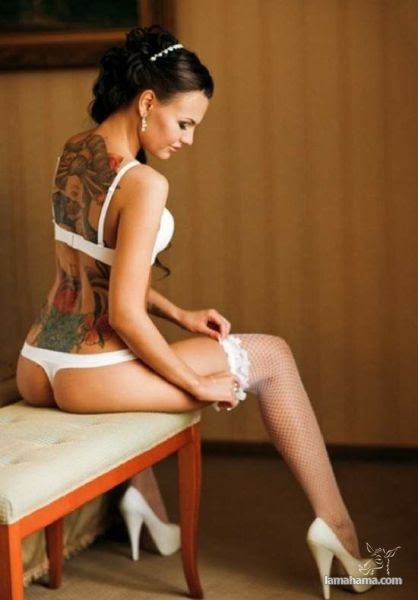 Girls with tattoos - Pictures nr 2