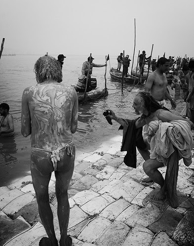 Shahi Snan At The Sangam by firoze shakir photographerno1