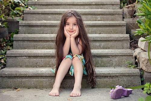 CeyLin-Smiling Girl