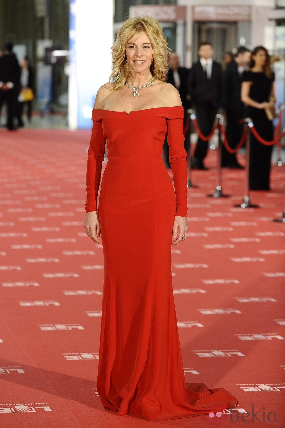 Belén Rueda en la alfombra roja de los Goya 2012: Fotos en ...
