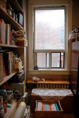 window (4)b