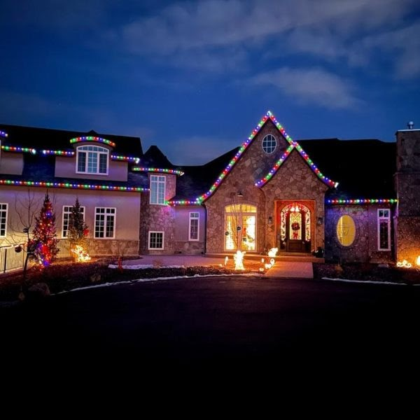 You will love these Christmas light colours