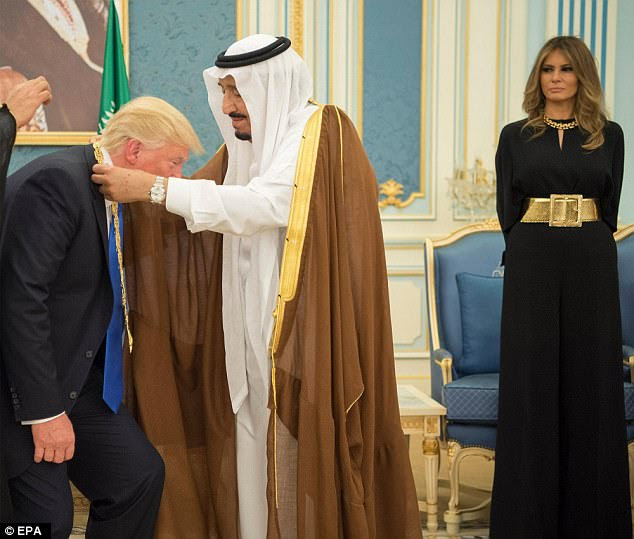 Image result for trump bows to saudi king