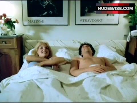 Teresa Ganzel Nude - Hot 12 Pics | Beautiful, Sexiest