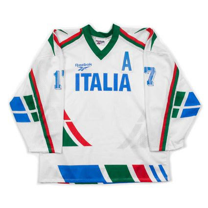 Italy 1994 jersey photo Italy 1994 F.jpg