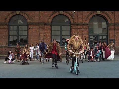 Música  (37): MACKLEMORE & RYAN LEWIS - THRIFT SHOP FEAT. WANZ