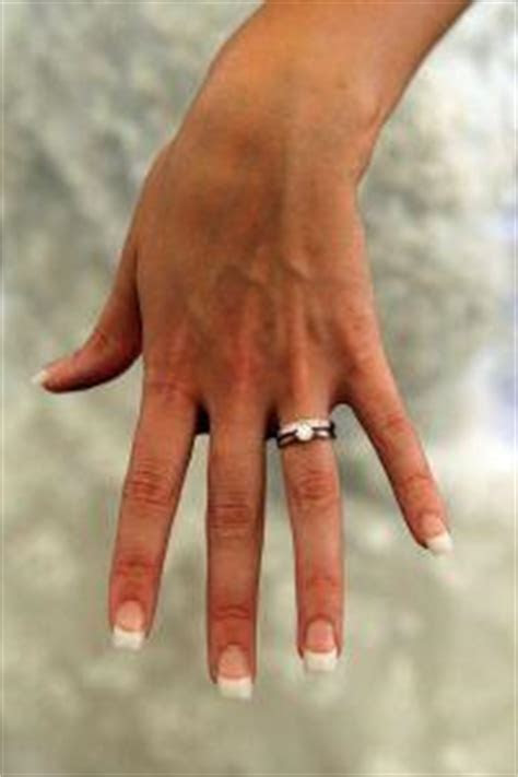 Which Finger Is the Wedding Band Worn On   LoveToKnow