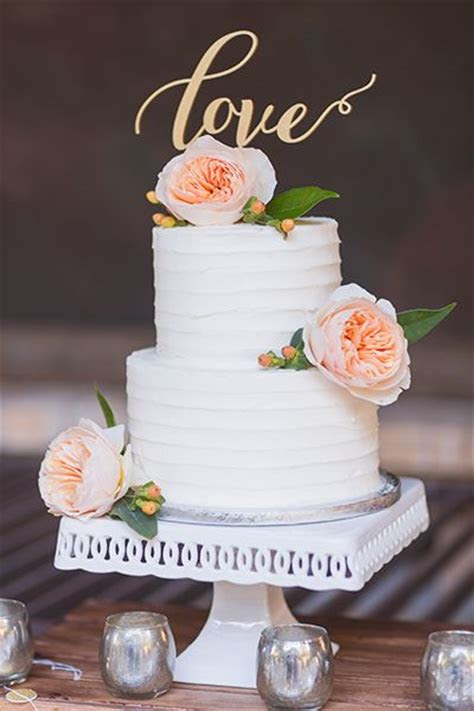 small wedding cakes  big impact cake small