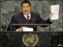Hugo Chávez ante la asamblea de la ONU.