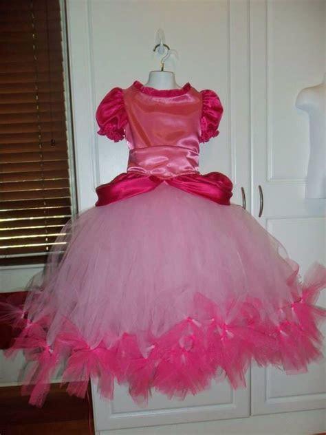 Princess Peach tutu dress for the celebrant   Princess