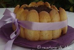 CHARLOTA DE CHOCOLATE