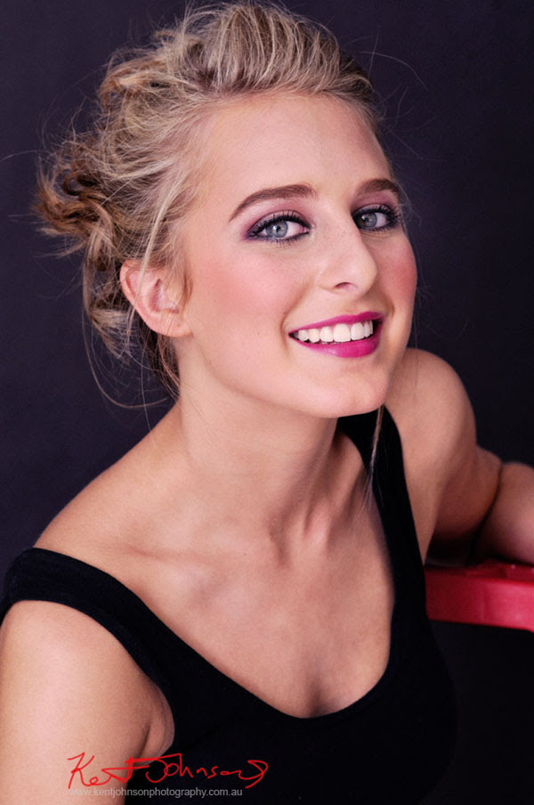 Rachael, Modelling Portfolio, Studio Headshot