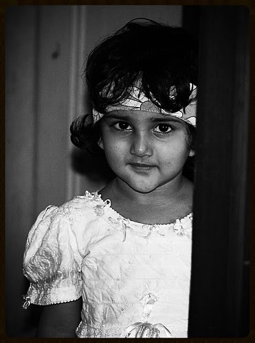 Marziya Shakir  5 Year Old Street Photographer - Canon User by firoze shakir photographerno1