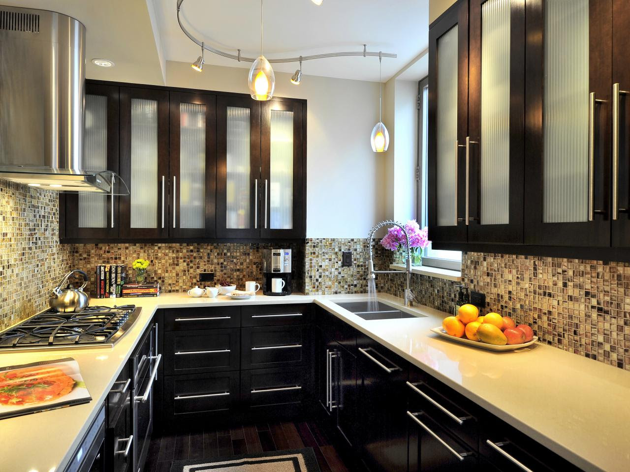 Plan a Small-Space Kitchen | HGTV