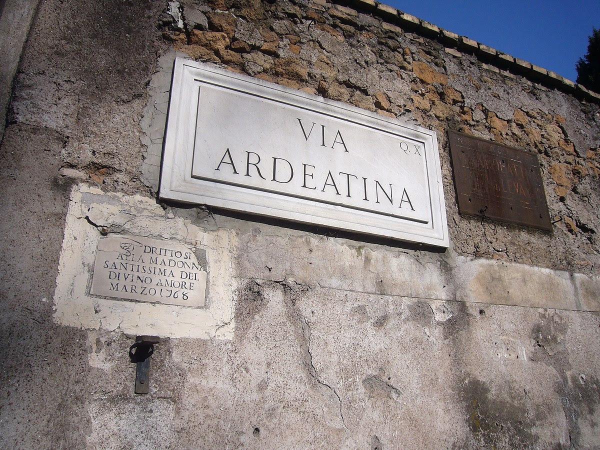 File:Q10 via Ardeatina al Divino Amore 1260455.JPG