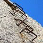 Couto Mineiro do Cabo Mondego: Mina de Carvão da Serra da Boa Viagem na Figueira da Foz - Escadas [en] Coal Mine in Boa Viagem Mountain, Figueira da Foz, Portugal - Stairs