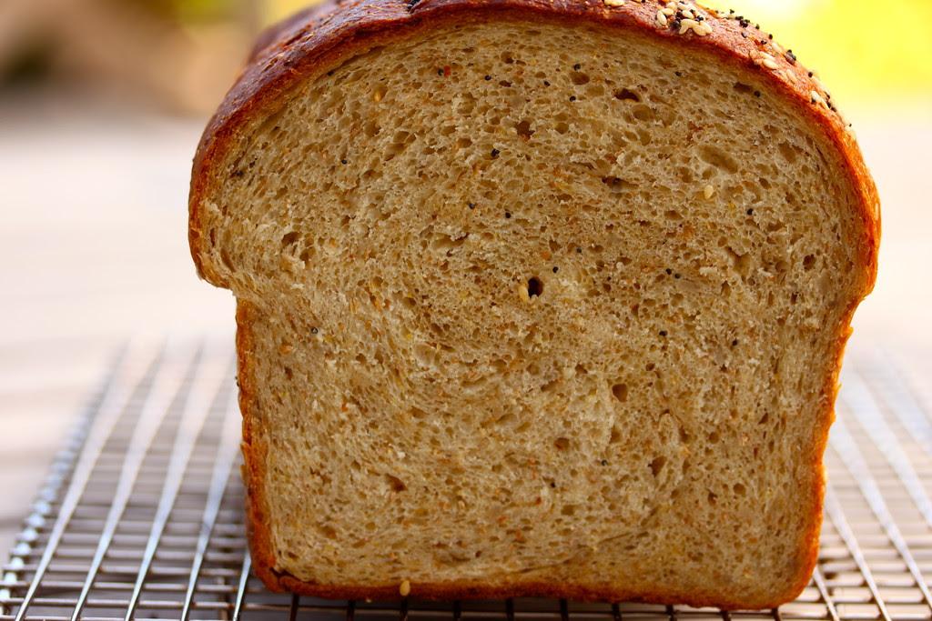 Multi-grain bread struan