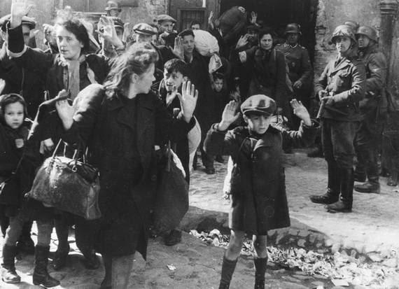 World- War- 2- Holocaust- Memorial- Day _38