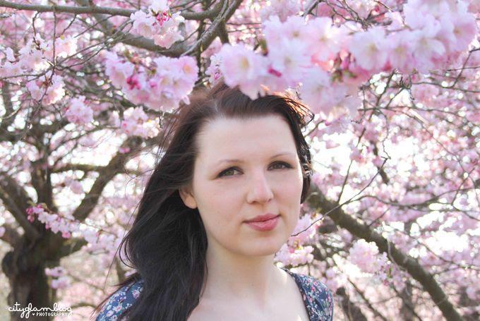 http://i402.photobucket.com/albums/pp103/Sushiina/cityglam/blossom7.jpg