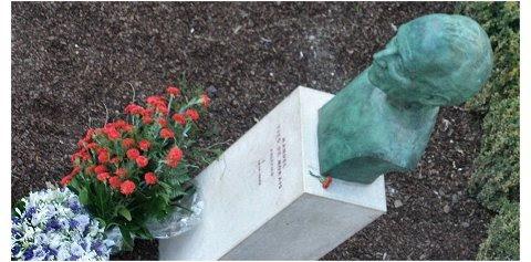 Homenagem a Tito de Morais