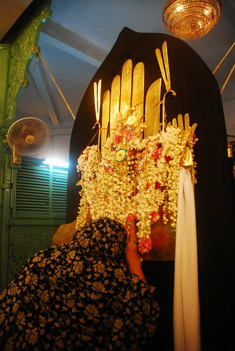 Salaam Ya Hussain Intezar Ki Ghadiyan Gin Rahe Hain by firoze shakir photographerno1