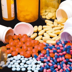 O risco de hemorragia gastro-intestinal e outros efeitos colaterais no intestino chegou ao máximo de 49%, com o uso excessivo de paracetamol