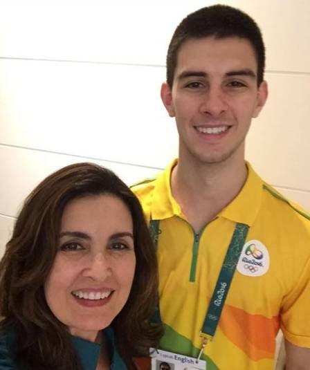 Fátima Bernardes e o filho Vinicius Bonemer: ele fez companhia à mãe
