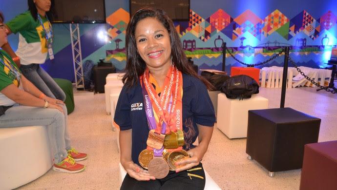 Joana Neves, paratleta natação RN (Foto: Jocaff Souza/GloboEsporte.com)