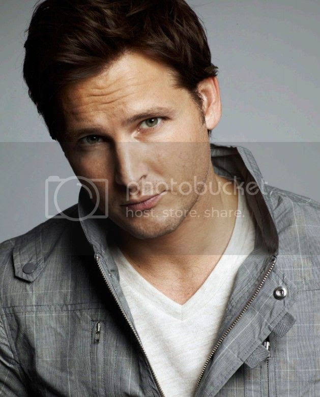 photo JAMES_WHITE_-_Peter_Facinelli_zpsc5c018c5.jpg