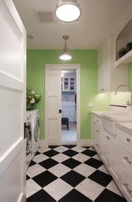 Laundry Room / Entry