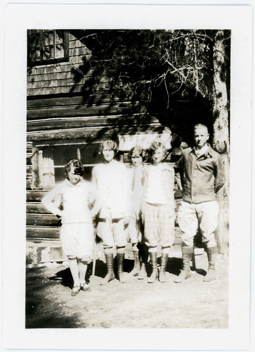 Mary Lou and group Grand Lake Cottage summer 1926