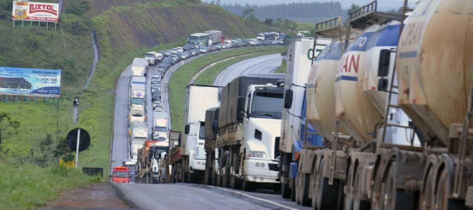 Resultado de imagem para paralisação nas rodovias