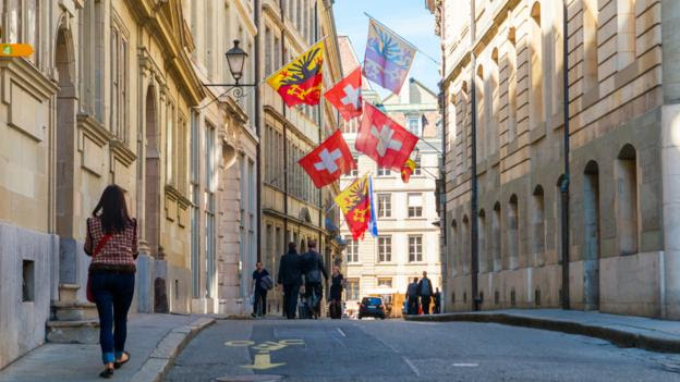 Wandering the streets of Geneva's Old Town (Credit: Credit: Michał Ludwiczak/Thinkstock)