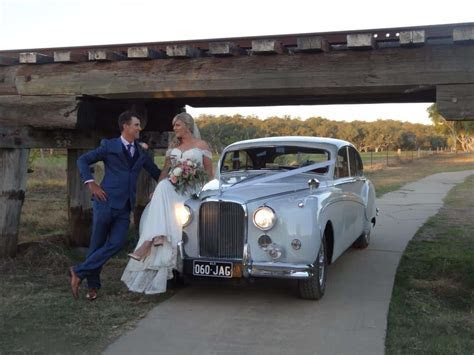 White 1960 Jaguar Mk IX   Classic Wedding Car Hire