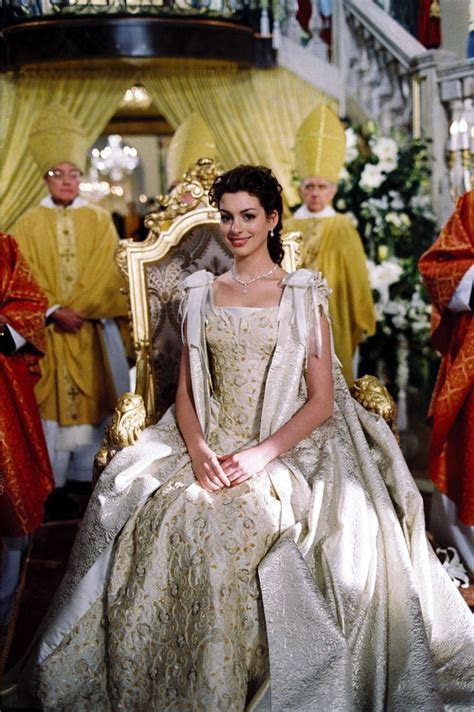 Anne Hathaway in The Princess Diaries 2   The Princess