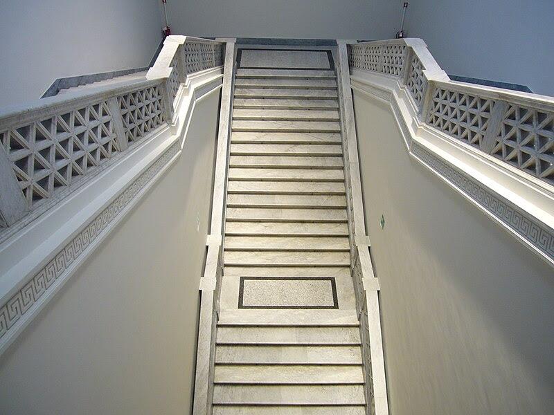 Monti - Palazzo delle esposizioni scalinata 1120306.JPG