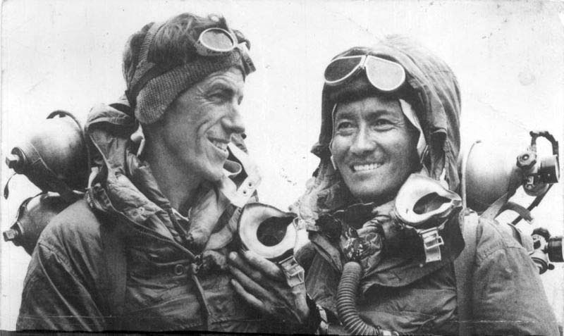 http://famouswonders.com/wp-content/uploads/2013/04/Hillary-and-Tenzing.jpg