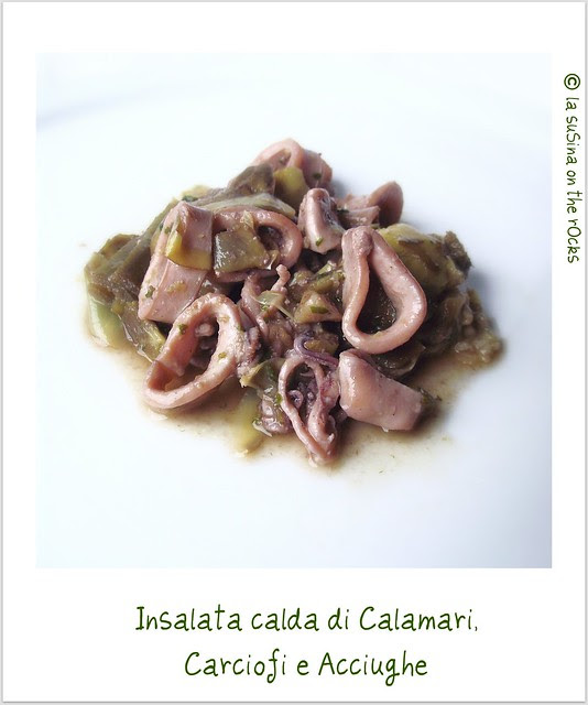 insalata calda di calamari, carciofi e acciughe